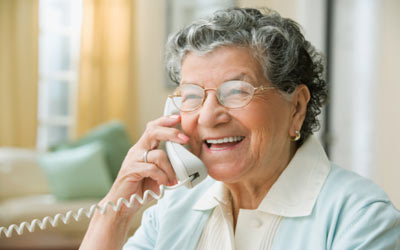 Keeping in touch with older parents from far away